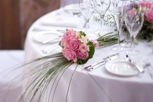 Doriți că nunta dvs. să fie extraordinară si la preturi accesibile. De aceea sala de nunta și restaurantul trebuie să fi elegante și extraordinare.